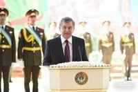 Ш.Мирзиёев поздравил с Праздником 9 мая 200х133